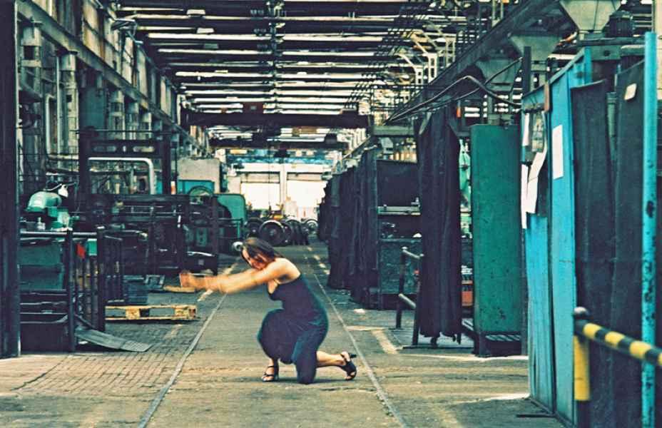 Ipari környezet 13. 2001.