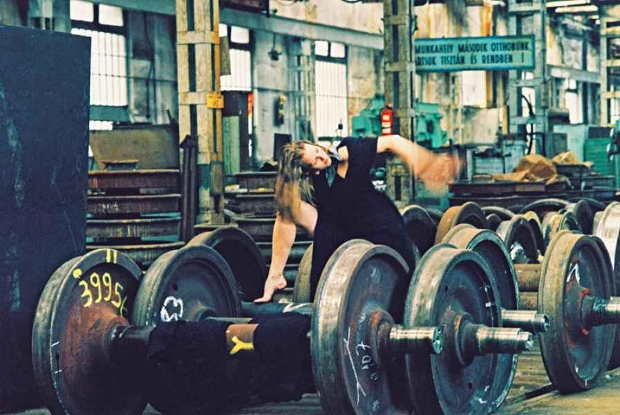 Ipari környezet 8. 2001.